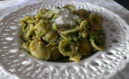 151. Orecchietti con Brócoli y Avellanas (30minutos)